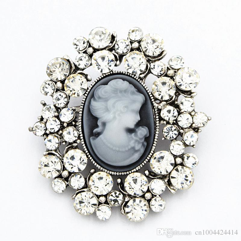 Hot Selling Stunning Zirconia Crystals Victorian Vintage Lady Cameo Brooch Detailed Gift Scarf Pin For Women Elegant Party Costume Broach