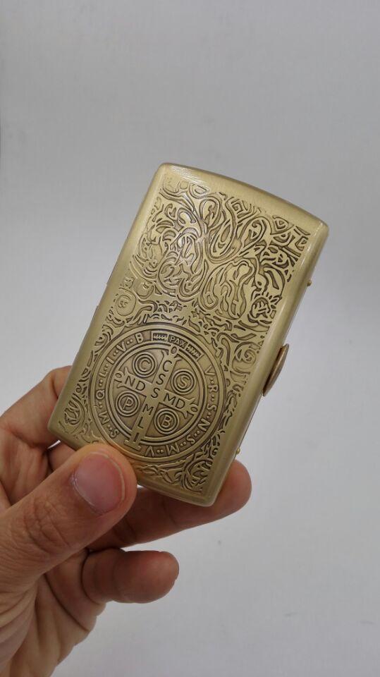 Acheter Fumer Cigarette Metal Tabac Boite Golden Carving Mode