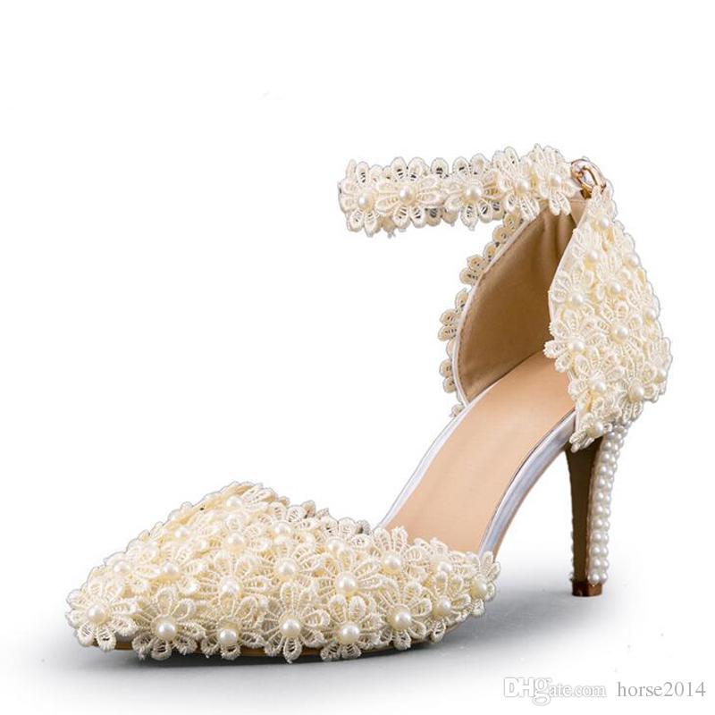 Cheville sangle d'été sandales à la main en dentelle fleur femmes talons moyens de mariée chaussures de mariage adultes Cérémonie pompes violet jaune
