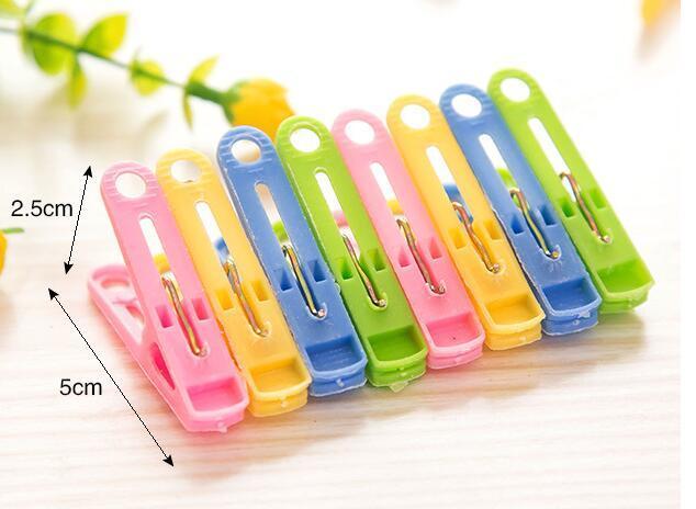 heiße Verkaufskleidungsgestelle färbten gelegentliche Farbe der hängenden Plastikklammernwäschewäscheklammernmultifunktionswäscheklammernclips freies Verschiffen