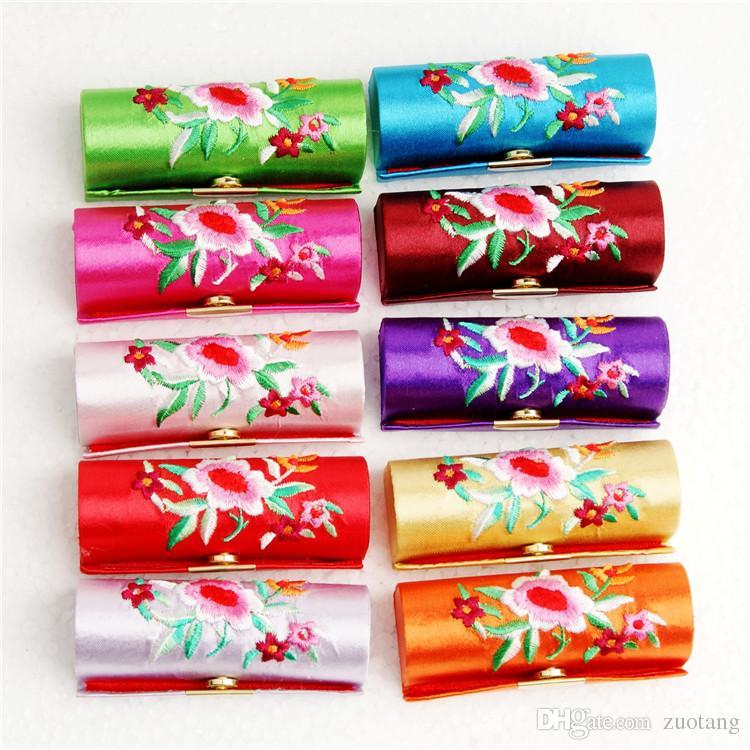 Boîtier de rangement de bijoux de voyage brodé portatif avec miroir Crafts Pendentif Collier Collier Cadeaux Cadeaux Cadeaux Silk Tissu Tubes à lèvres