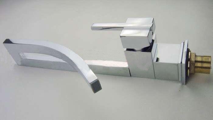 BLL Bathroom Brass Faucet kitchen Grifo mezclador frío y caliente Latón Chrome lavabo grifo NY02715