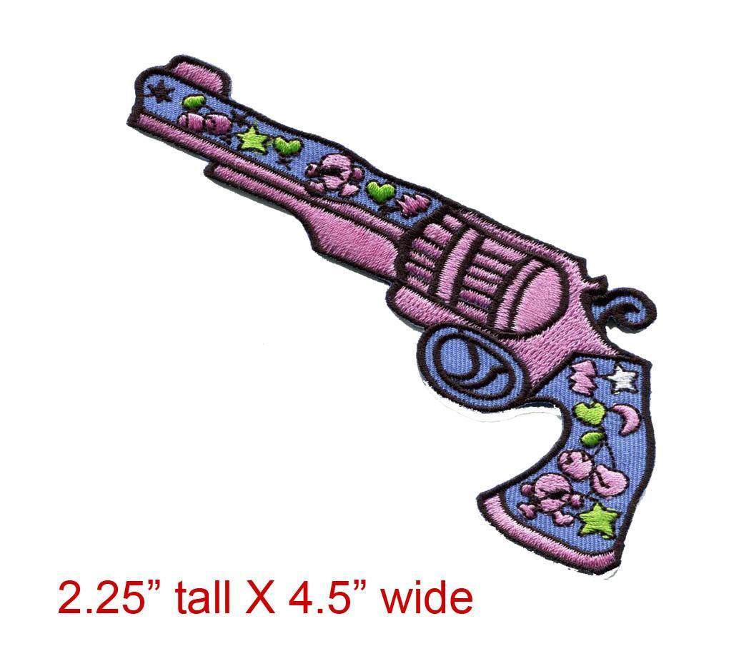 Ücretsiz Kargo 100% nakış dikişler Aşk Gun çiçek güç hippi işlemeli aplike demir-yama yeni-T170528