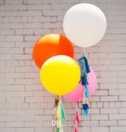 I grandi palloni liberi 36 di arrivo di trasporto libero incinano i palloni rotondi del lattice di porpora la festa nuziale, /