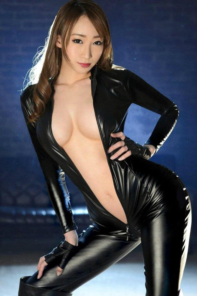 Sexy Japanese Fetish AV Actresses Costumes Shiny Bondage Catsuit Liquid Tight Leather Style Skintight Outfit With Double Zipper