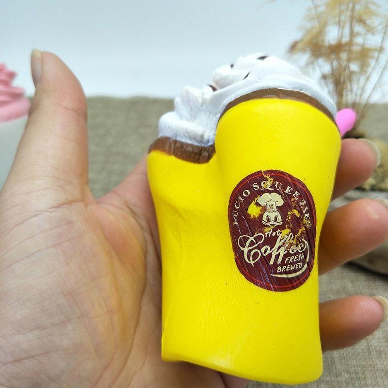 MA Jumbo Kawaii Creme De Café Xícara de Mole Squishy Lento Rising Creme Scented Divertido Brinquedo Do Miúdo Brinquedo Descompressão