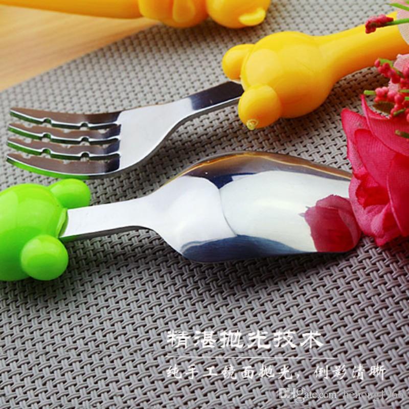 Cuchara de tenedor de dibujos animados de acero inoxidable creativo encantador búho oso modelado vajilla para el regalo del bebé material respetuoso del medio ambiente durable 1 8dq I1 R