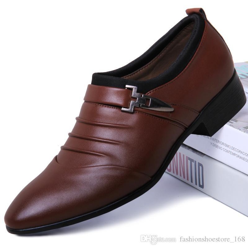 b351a3d28 Compre Marca Couro Homens Sapatos De Vestir Oxfords Sapatos Designer De  Luxo Homens Casual Calçado Sapatos Sapato Masculino Calzado Hombre Sapato  Masculino ...