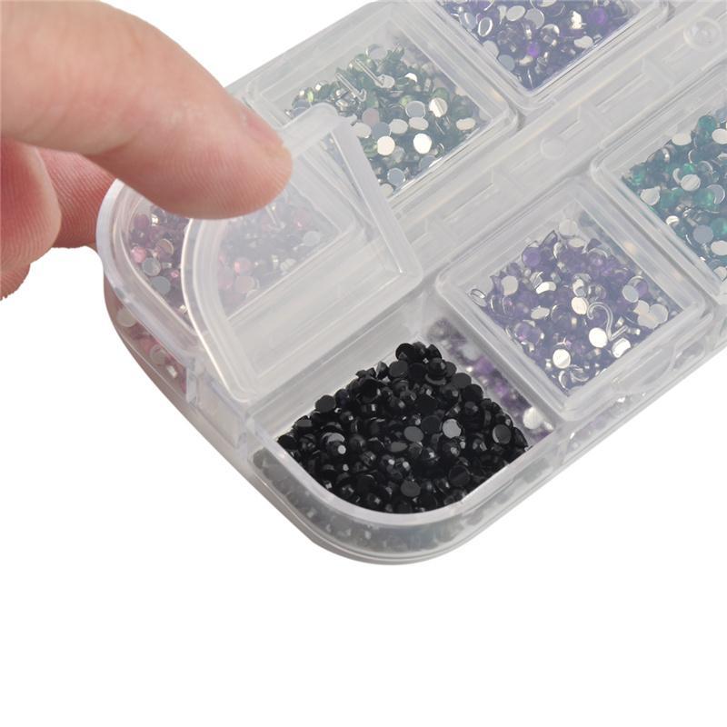 Mélanger 12 Couleur 2mm Cercle Perles Nail Art Conseils Strass Paillettes Acrylique Gel UV Gems Décoration avec Étui Dur 0603049