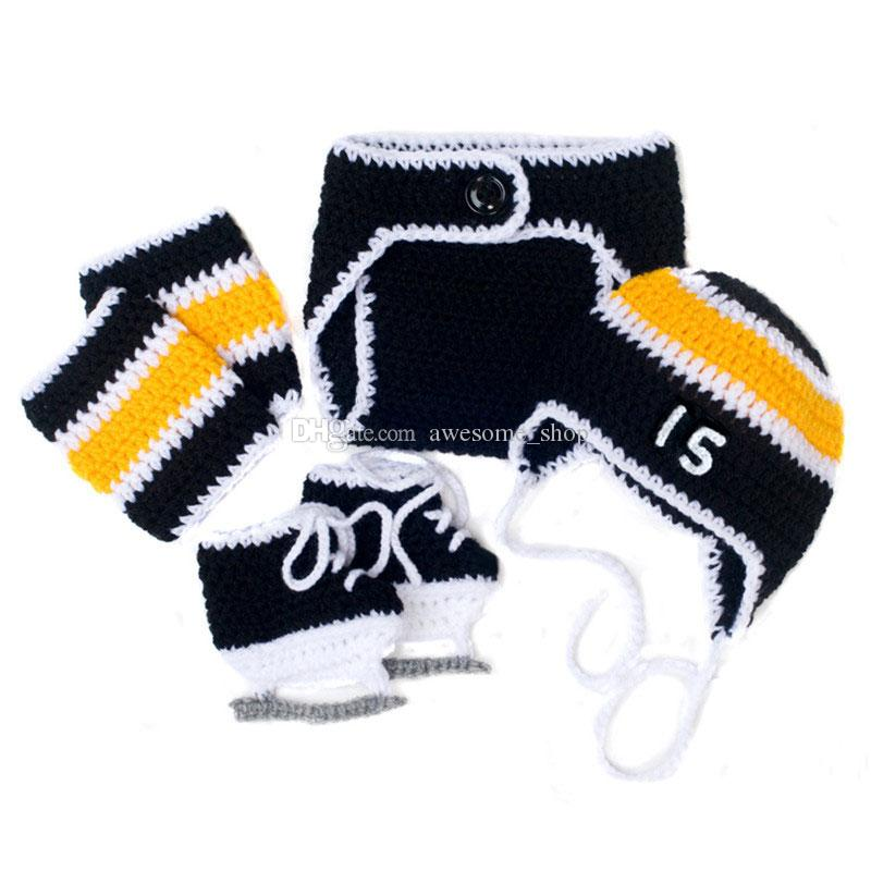 Knit Newborn Hockey Team Costume Handmade Crochet Baby Boy Girl Hockey Striped Hat Diaper Cover Shoes and Leg Warmers Set Infant Photo Prop