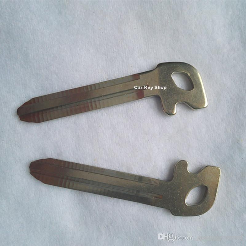 Replacement Emergency Smart Insert Key Blade For Toyota New Vios Yaris smart key blade