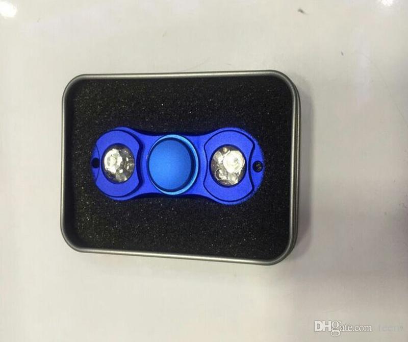 Luz do DIODO EMISSOR de Luz Spinner De Metal Fidget Spinner Dedo Giroscópio Tri-Spinner iluminação Handspinner Fidget Brinquedos EDC Descompressão Brinquedo 5 Cores