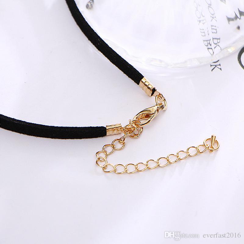 Hot selling Big V Shape Choker Necklace Black Short Leather Rope Simple Choker Collar Necklace Female Collier Bijoux Girls Gift EFN016V