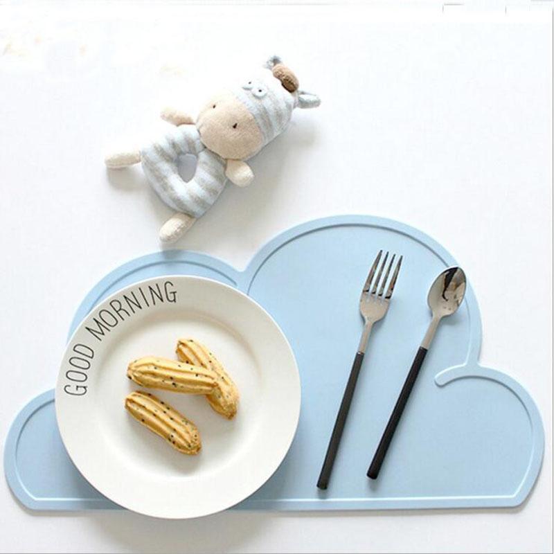Eco-Friendly Silicone Forme De Nuage Isolation Cuisine Set De Table Mignon Enfants Set De Table Pad Salle À Manger Table Coaster De Noël