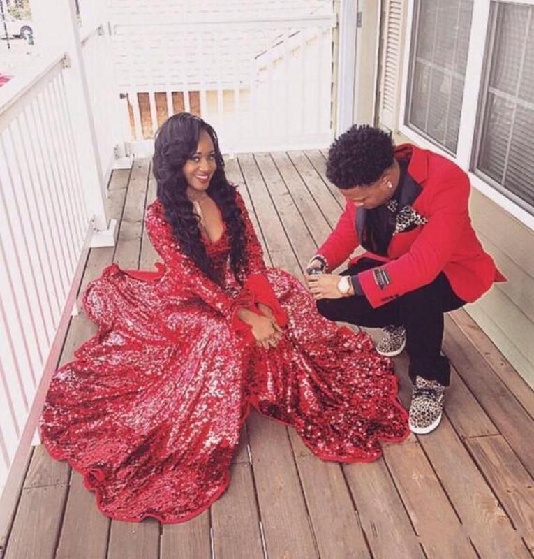 Compre 2017 Red Bling V Neck Sirena Prom Vestidos Con Manga Larga ...
