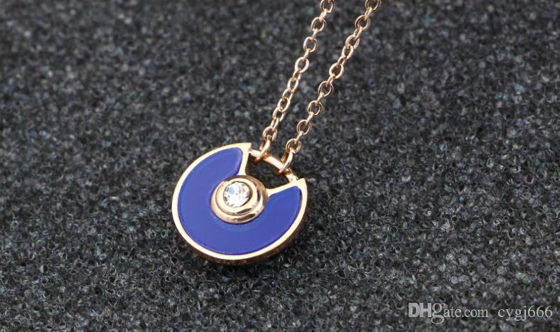 New saucer fan-shaped semi-open color diamond imported powder shell color black necklace female fashion titanium steel rose gold necklace