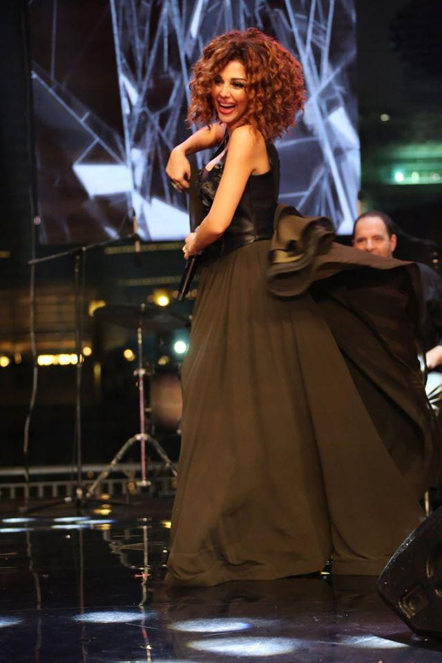 Black Fur And Chiffon Party Dress Lebanon Singer Syriam Fares Same Style Princes Prom Dresses Custom Made Sexy leather Evening Gowns