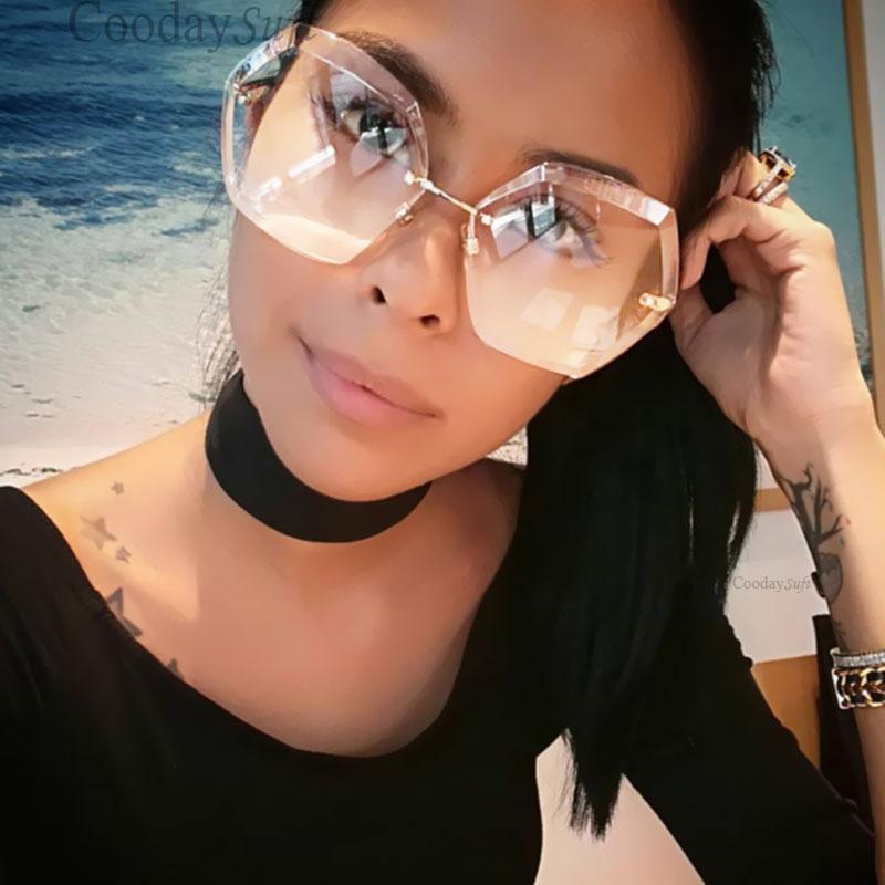 ed77a278ff75f Compre Coodaysuft Mulheres Óculos De Sol Transparente Gradiente Marca  Designer De Óculos De Sol Da Senhora Grande Claro 2017 Espelho Feminino  Tamanho ...
