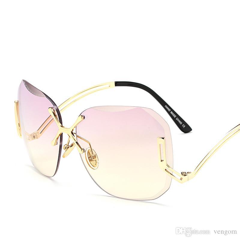 90d5085740 Compre Nuevo Transparente Gradiente Gafas De Sol Mujeres Gafas De Sol  Elegante Óptica Sin Montura Lunette Femme Señora Gran Tamaño Famoso  Diseñador De La ...