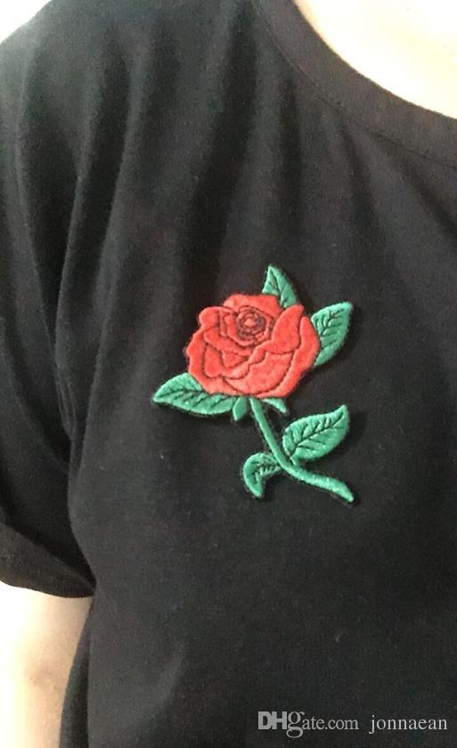 BONITO VERMELHO ROSA JANTAR PLANTA JEAN BAG Bordado Ferro em T-shirt ou Bknit cap Gorros Patch + Frete Grátis