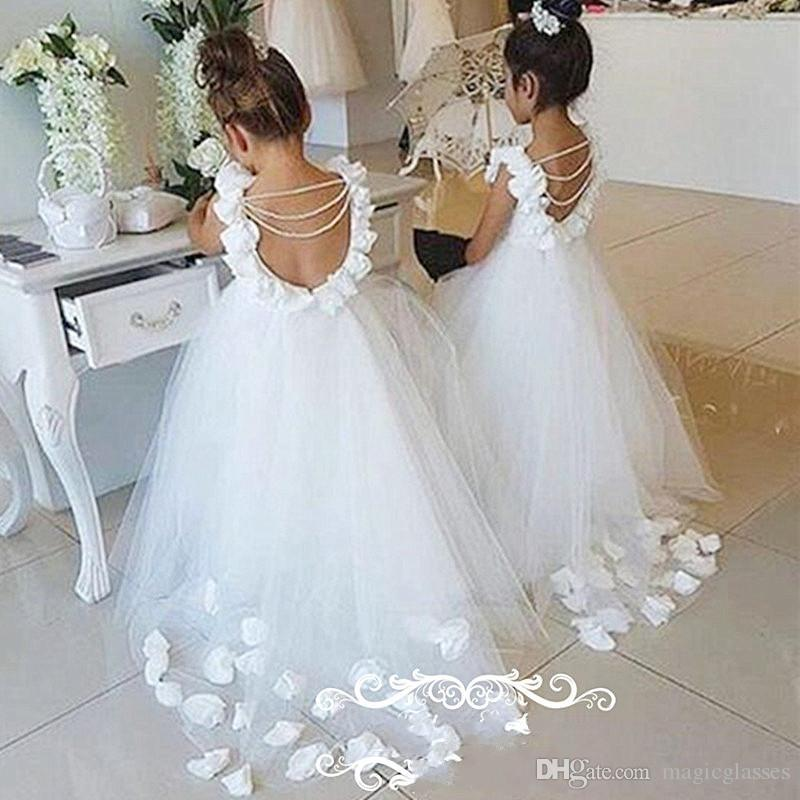 2017 Lovely Backless Flower Girls Abiti con maniche a bolla Perle Nappe 3D-Floral Appliques Fiori Little Kids Dress Pageant Gown