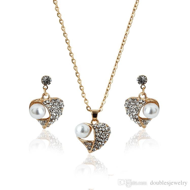 2017 the whole network explosion Peach Pearl Jewelry Set Diamond Jewelry Set European style sweater necklace wholesale manufacturers