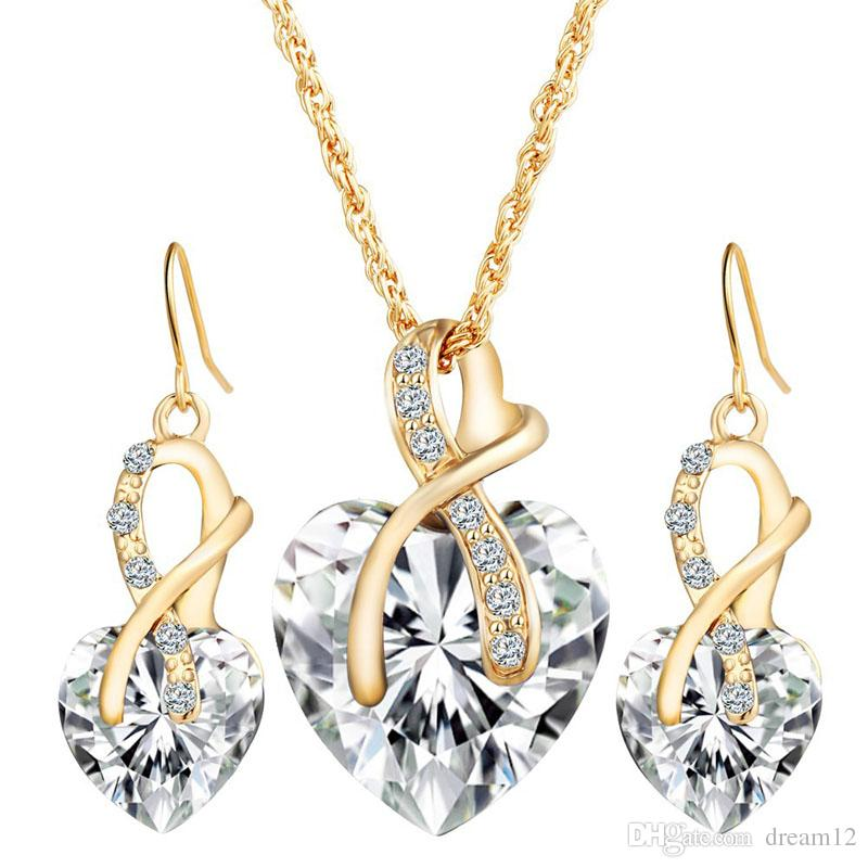 Compre red blue green crystal heart pendant necklace earings set de compre red blue green crystal heart pendant necklace earings set de joyas gold chain necklace mujeres dama de honor compromiso party wedding jewelry gift a aloadofball Images