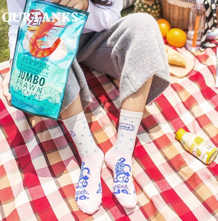5 styles girls fashion socks Ladies Cotton floral Socks women HAPPY Swedish national wind sports socks top quality with cheap price
