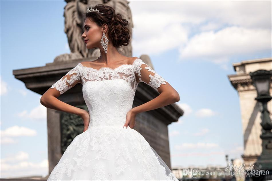 2020 New Design Vintage A Line Wedding Dresses Illusion Off Shoulder Lace Appliques Tulle Long Train Plus Size Wedding Dress Bridal Gowns
