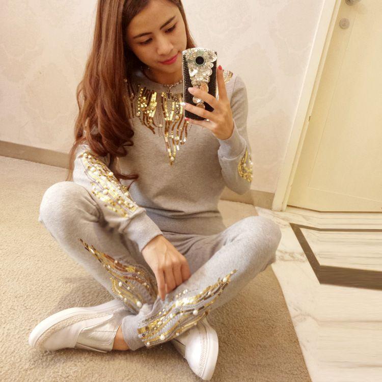 Büyük indirim ! Avrupa yeni uzun kollu kazak eğlence takım elbise ile pullu Bayan Spor Setleri takım Eşofman