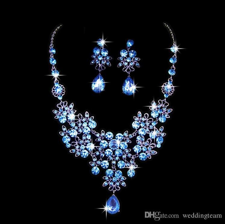 Lüks Çiçek Rhinestones Gelin Takı Setleri 4 Renkler Kristaller Düğün Kolye Ve Küpe Gelin Balo Akşam Parti Aksesuarları Için