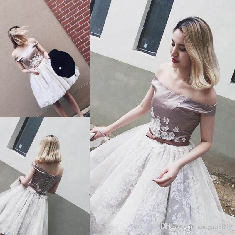 Sexy Off The Shoulder Prom Dresses 2017 Short Mini Satin White Lace Knee Length Evening Gowns Corset Cocktail Homecoming Party Dress DTJ