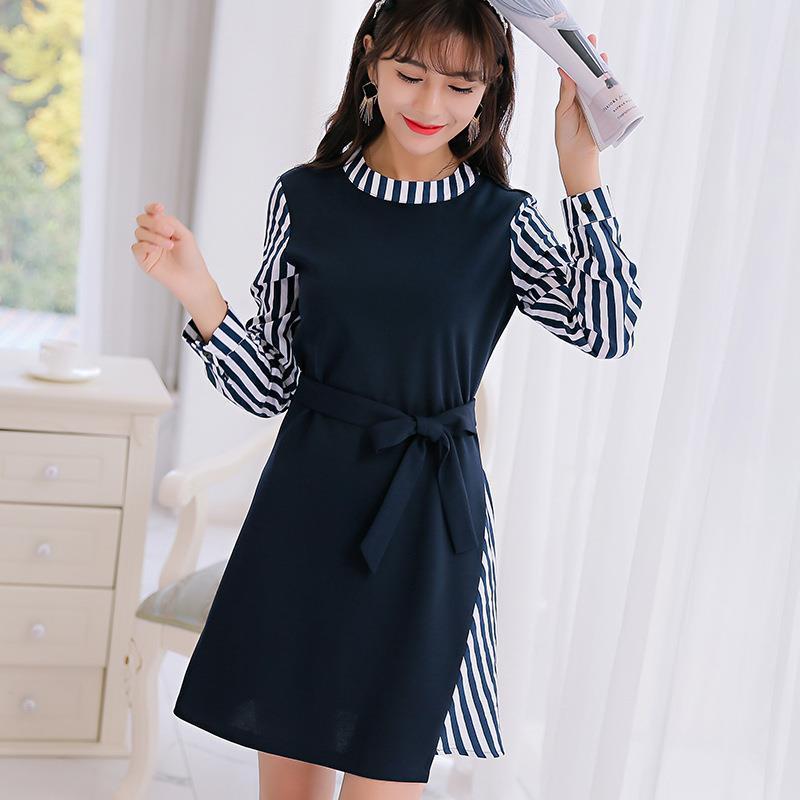 35db6798e540 Vestido de otoño 2017 Nuevo estilo de primavera corto A-line Bow Linda moda  azul marino Mini O-cuello a rayas ropa de mujer vestidos