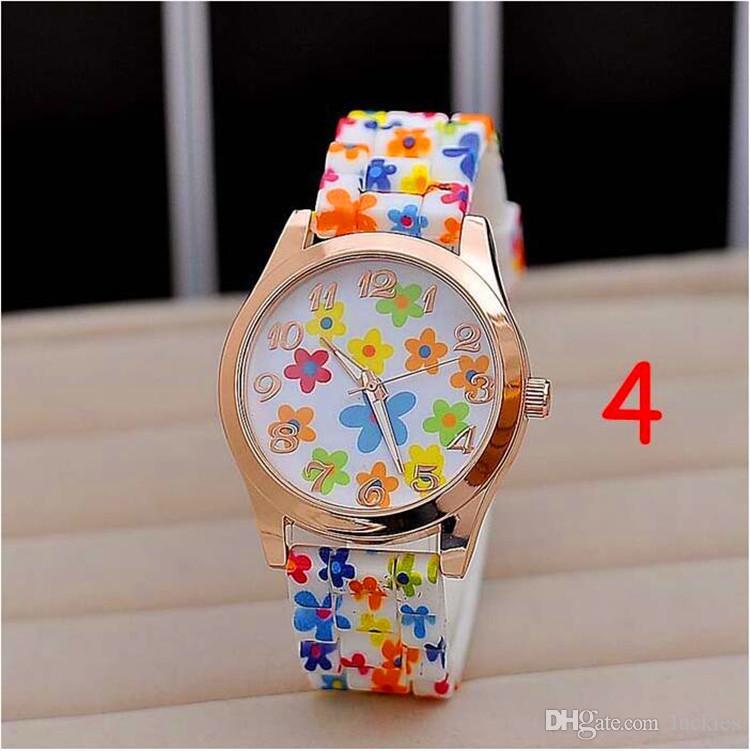 Hot Creative Fashion Flower Print Watches New Geneva Casual Flowers Watch Ladies Golden Quartz Women Dress Wristwatch