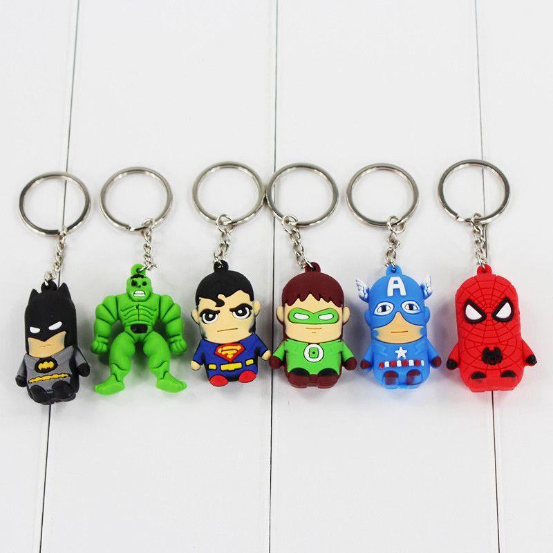 30 pz / lotto The Avengers 3D PVC Marvel Superman Spiderman Green Hulk Keychain Ciondolo giocattolo figura
