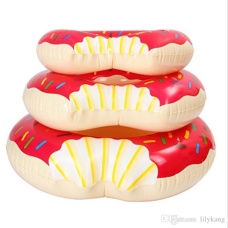 Hot Summer Giochi d'acqua da 36 pollici Gigantic Donut Piscina galleggiante gonfiabile di anello di nuoto i migliori regali i bambini Strawberry Donut carri