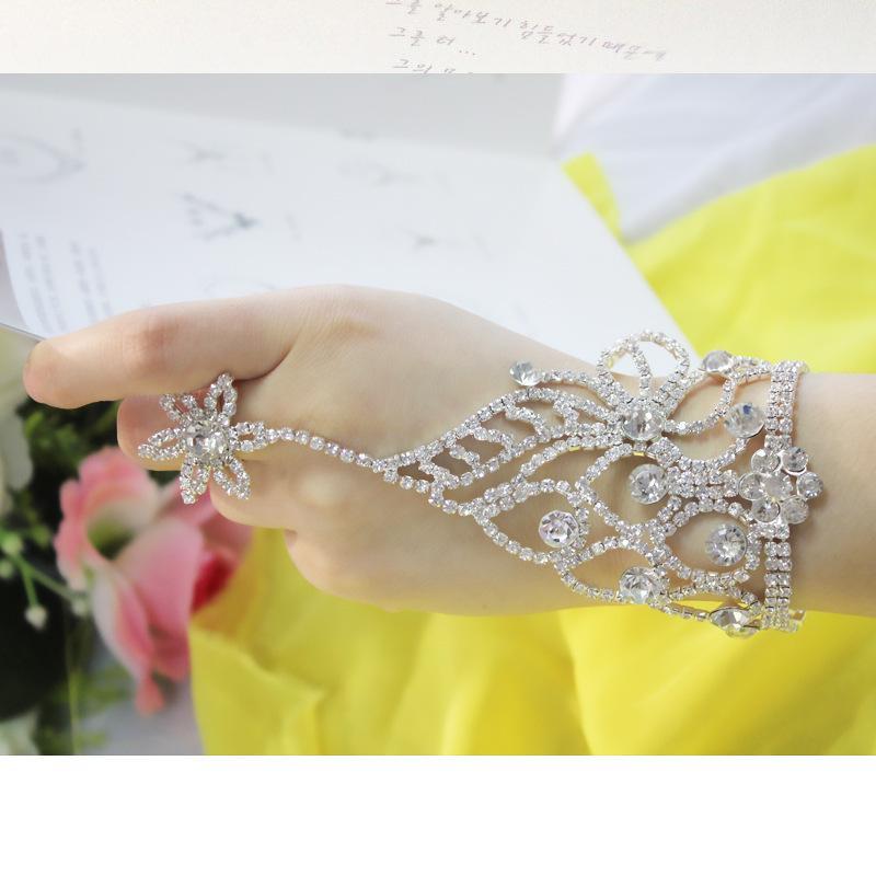 2016 nuovo braccialetto di cristallo della catena della mano nuziale di modo coreano della sposa il braccialetto dello spettacolo delle spose