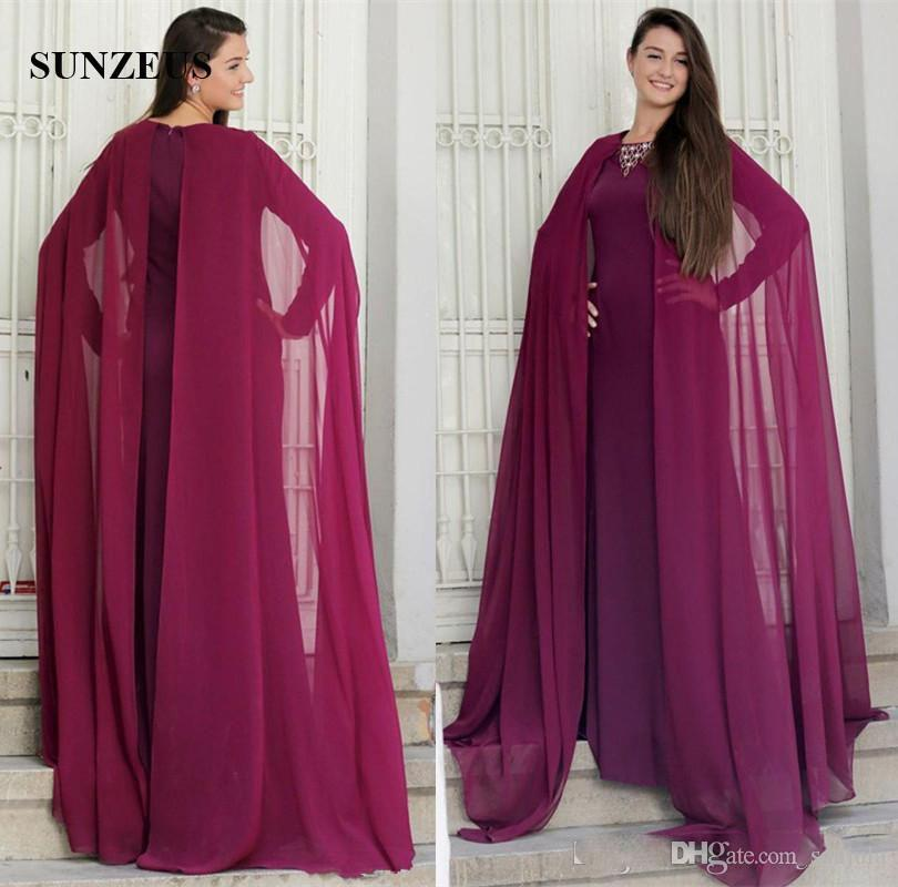 Elegantes kleid mit chiffon cape