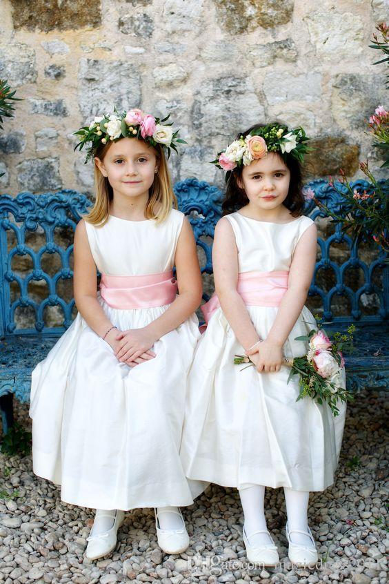 Bianco una linea fiore ragazza abiti Bohemia Beach Country Wedding 2020 Jewel nastro poco costoso ragazze Pageant Abiti Comunione