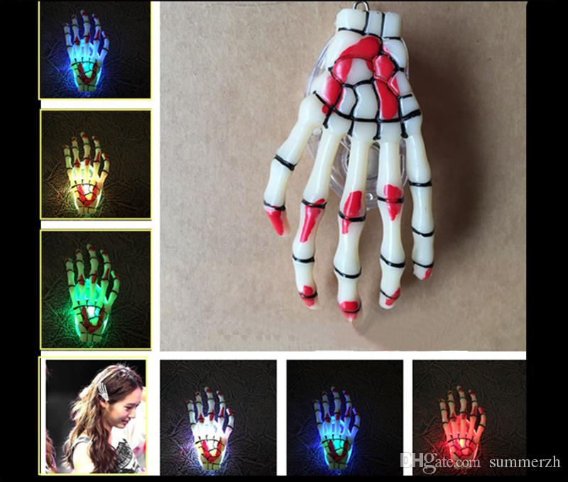 Mode Skeleton Krallen Schädel Hand Haarspange Haarnadel Zombie Kreative Halloween Dekoration Spielzeug LED Blinkende Haarspange Hand Knochen Haarnadel