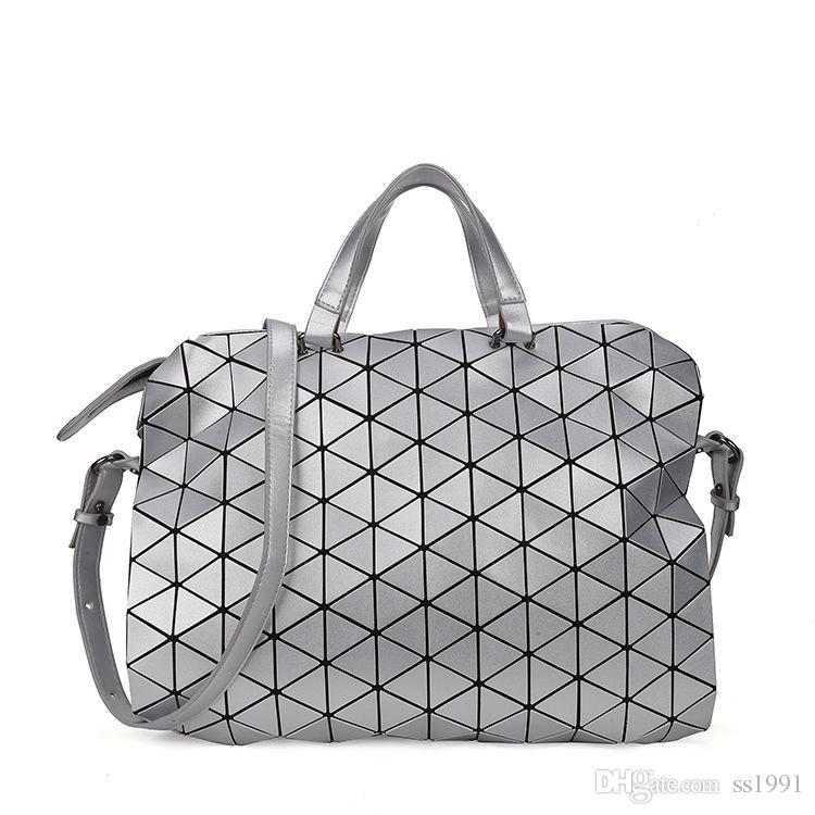 2017 new hot Japanese and Korean geometric Lingge briefcase PU ladies shoulder bag diagonal package bag