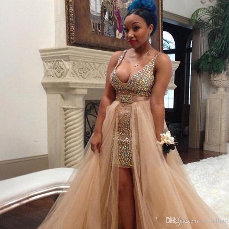 Black Grils Prom Dresses Crystal Deep-V-Neck con staccabile Tulle Overskirt Celebrità vestido de formatura Abiti da sera