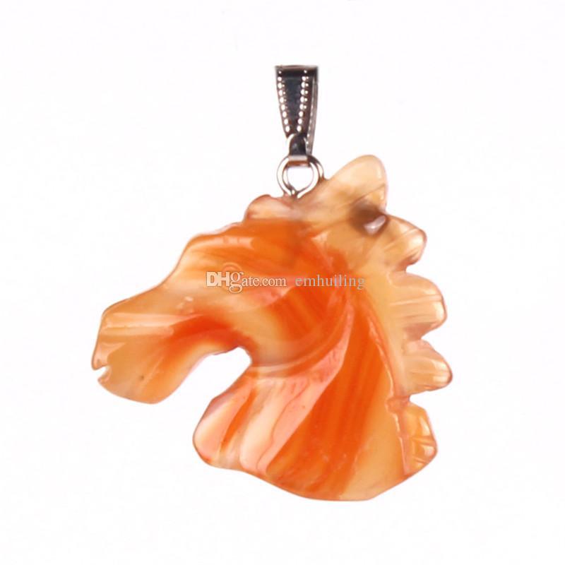 Seltene Handwerk Halbedelstein Natürliche Karneol Aventurin Türkis Perlen Manuelle Carving Tier Pferdekopf Anhänger Unisex 35 * 37mm