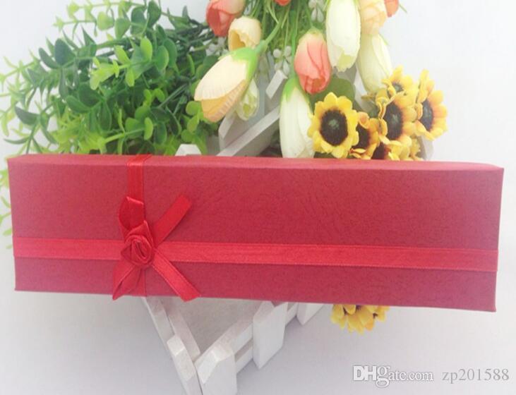 مجوهرات جديدة هدية مربع بيجو الجثة ورقة الورود الزهور الكرتون قلادة سوار المجوهرات الرخيصة صناديق التعبئة تغليف المجوهرات