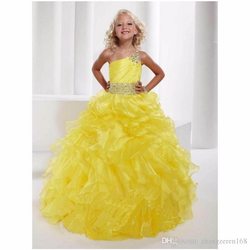 Heißer Verkauf schönes gelbes Sleeveless Schaufel-Blumen-Mädchen kleidet bördelnde Rüschen Stocklänge für Hochzeits-Festzug-Ballkleid nach Maß