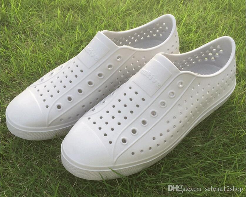 17 renk Kadın Yerli Jefferson Ayakkabı Sandalet 2019 Moda Severler Delik Ayakkabı Marka Düz Rahat Yerli Yaz Ayakkabı boyutu 35-44