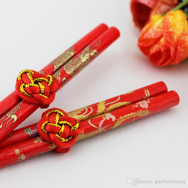 Wooden Retro Classic Chinese Double Happiness Chopsticks Dragon Phoenix Printed Wedding Bouquet Souvenirs Gift Wedding Supplies Joyful