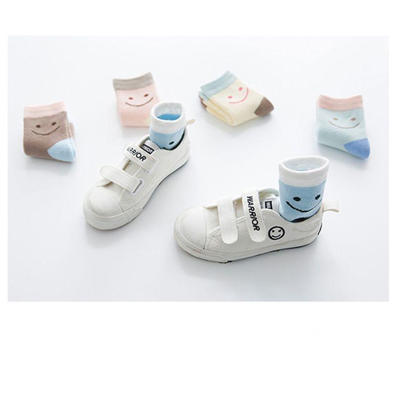 15 пара / лот новая зима утолщение колено высокие носки дети дети носки конфеты цвет мультфильм прекрасный улыбка печатных хлопок теплые носки Оптовая