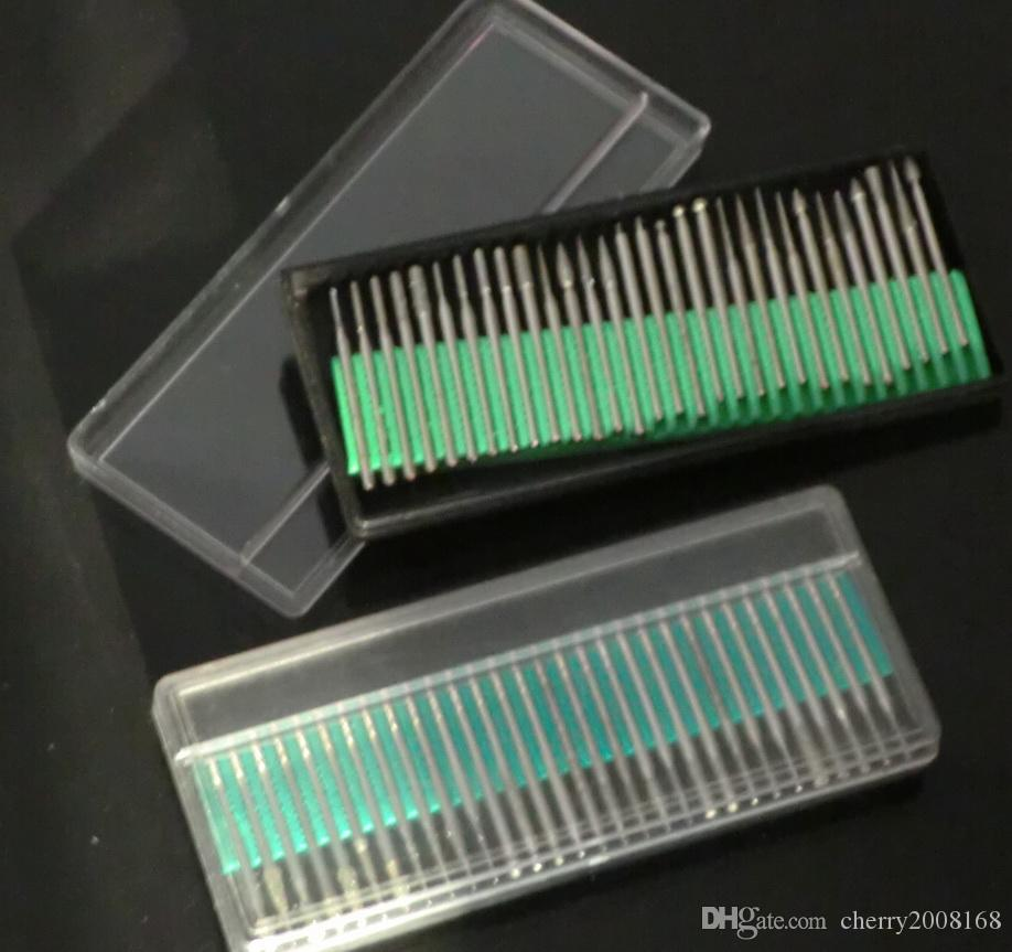 Nail Drill Bits Manicure Machine Bits Colore diamante con scatola di plastica