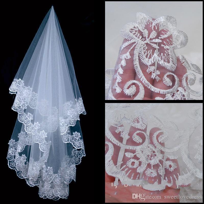 Bridal Veils Günstige Modische Brautschleier Zwei Schichten Weiß Tüll mit Kamm Lange Ärmel Covered Button Hohe Qualität Maßarbeit